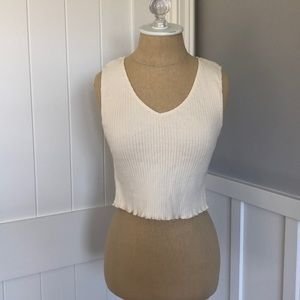 cream cropped tank top